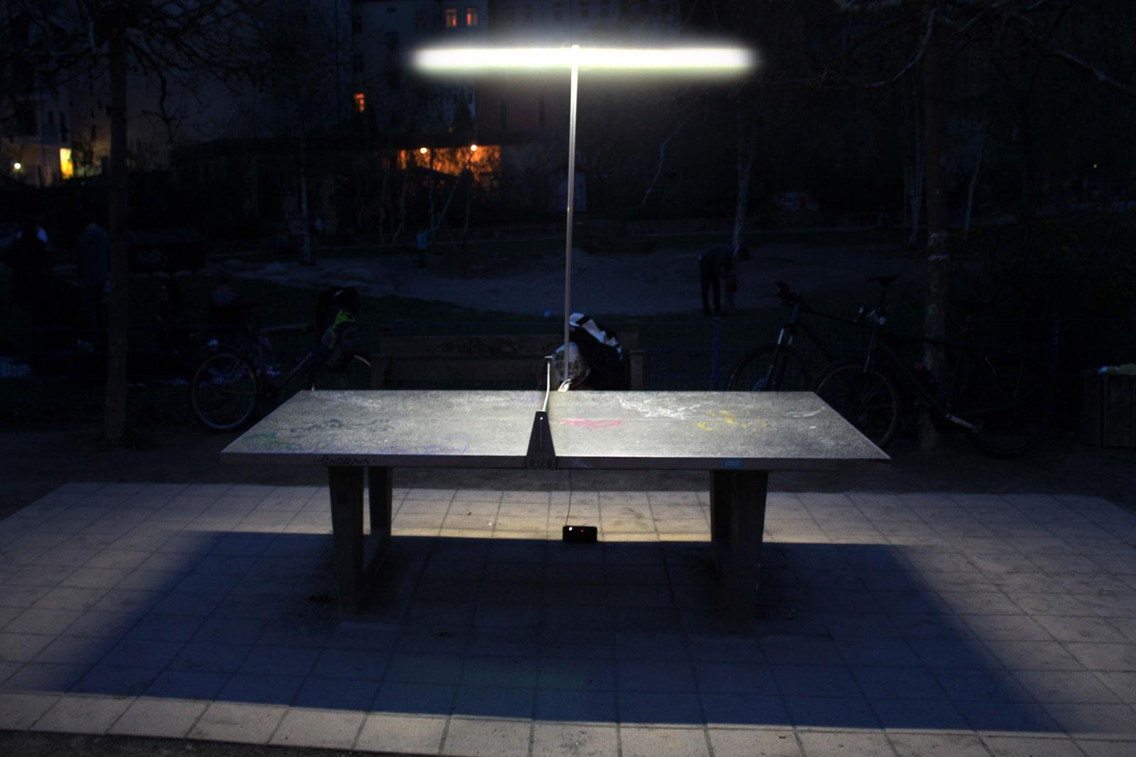 Tischtennisplatte beleuchten